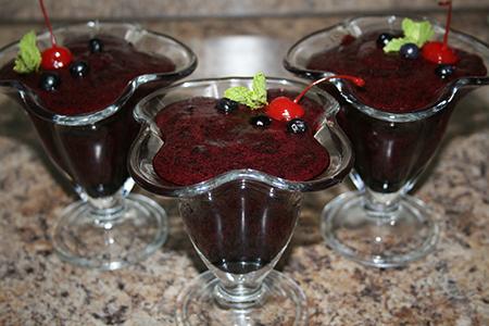 Самбук (воздушный десерт из черники)
