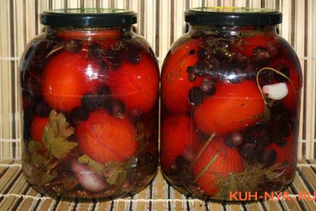 помидоры маринованные с виноградом